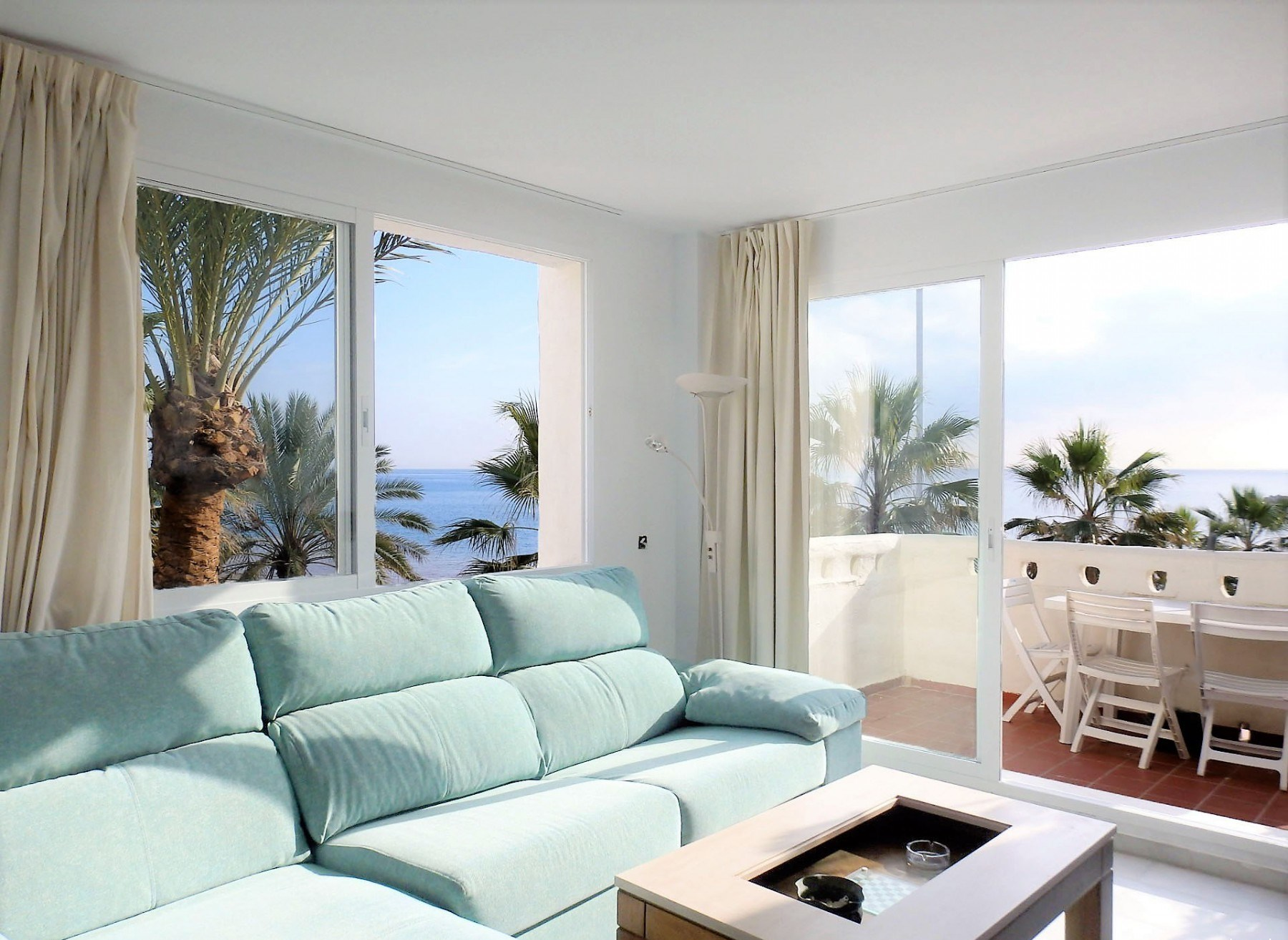 Apartment for 6 people with views of the sea Benalmadena