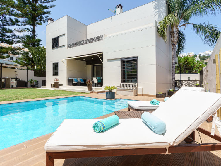 FABULOUS VILLA IN MIJAS