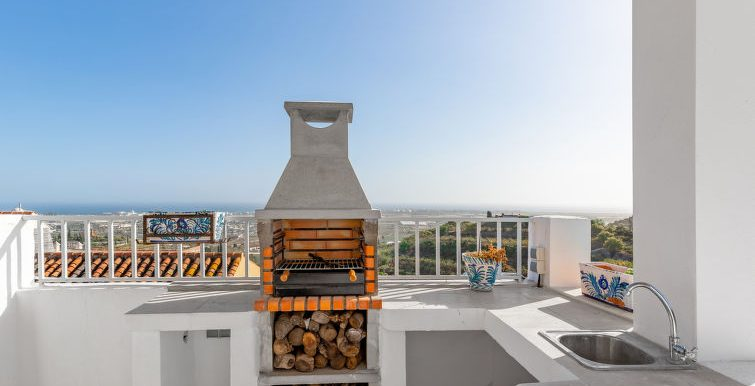ANDALUSIAN STYLE HOUSE, 200m from the sea