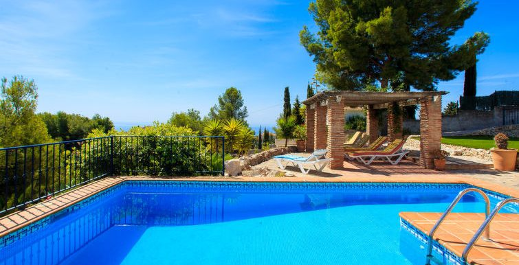 VILLA WITH SEA VIEWS IN NERJA